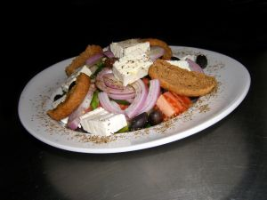 729718_greek_salad_1.jpg